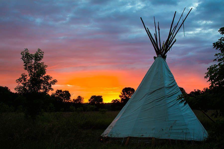 min 2.jpg - Upper Sioux Agency State Park Tipi at Sunrise