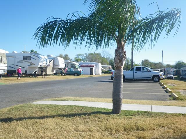 Snow to Sun RV Resort - Weslaco, TX - RV Parks
