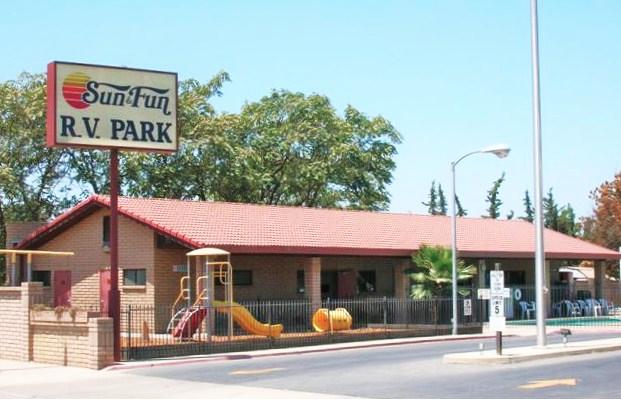 Sun & Fun RV Park - Tulare, CA - RV Parks