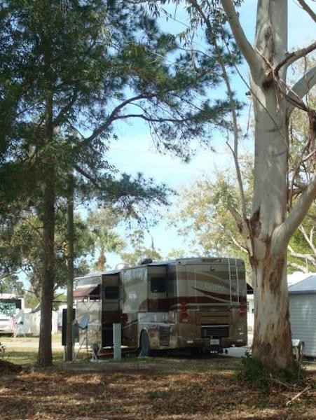 River Vista RV Village - Ruskin, FL - RV Parks