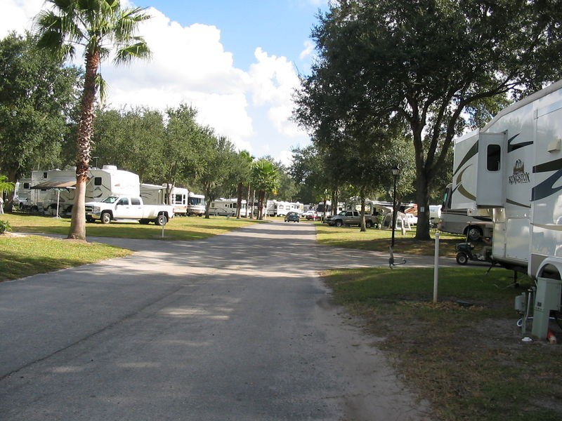 East Tampa Rv Resort Dover Fl Sun Resorts Rvpoints Com