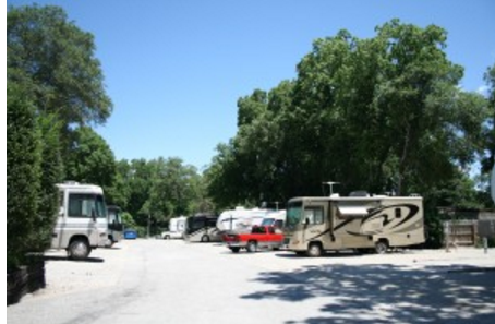 Walnut Grove Rv Park - Shawnee Mission, KS - RV Parks