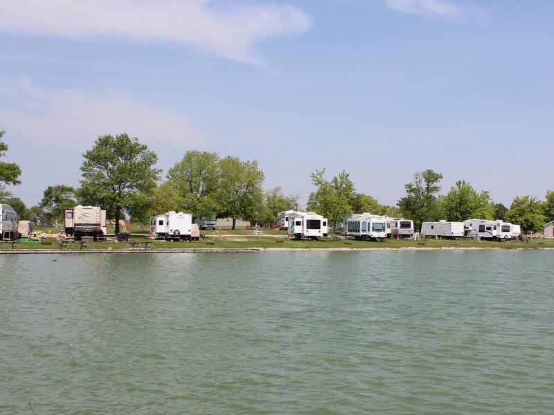 Heartland Resort - Greenfield, IN - RV Parks