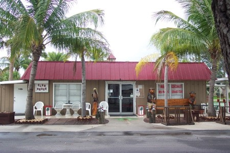 Red Coconut Rv Park - Fort Myers Beach, FL - RV Parks