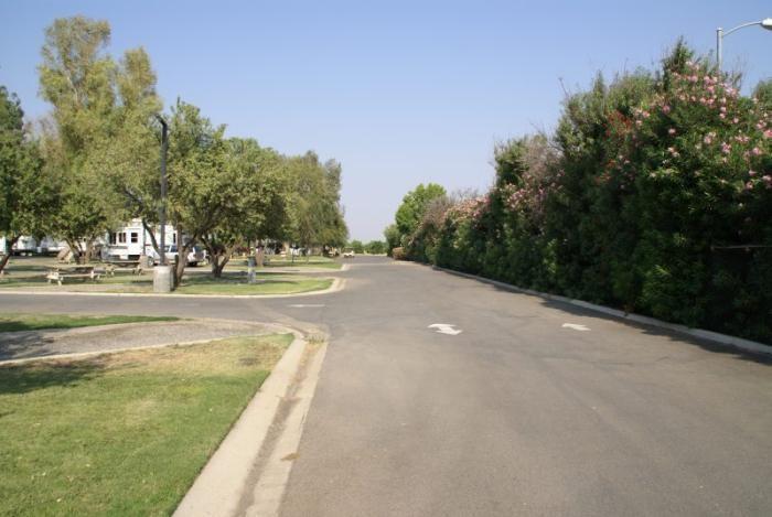 Sommerville Almond Tree Rv Park - Coalinga, CA - RV Parks