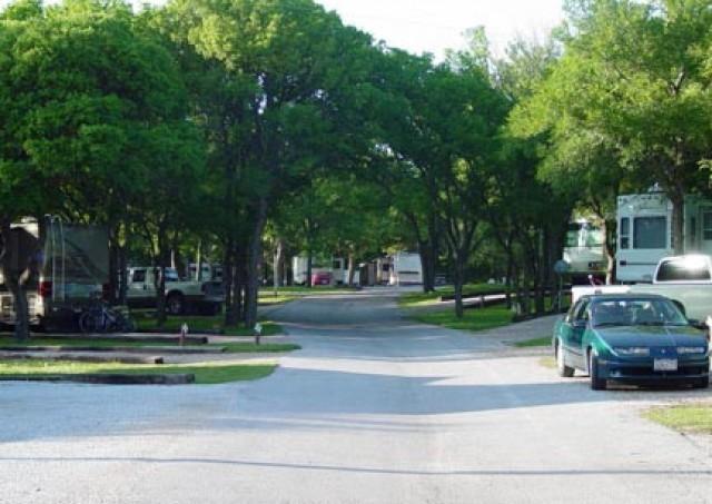 Destiny Dallas RV Resort - Denton, TX - RV Parks