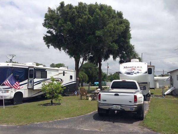 Fiesta Grove RV Resort - Palmetto, FL - RV Parks