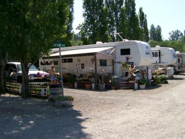 South Prairie Creek RV Park - South Prairie, WA - RV Parks