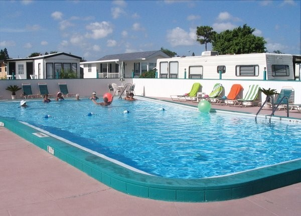Rainbow Village RV Resort  - Largo, FL - RV Parks