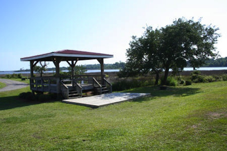 Lanier's Family Campground - Holly Ridge, NC - RV Parks