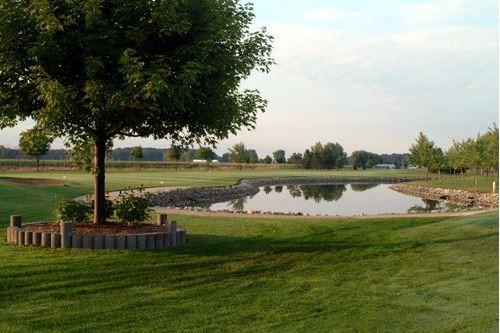 Wildwood Golf and RV Resort - Essex, On - RV Parks