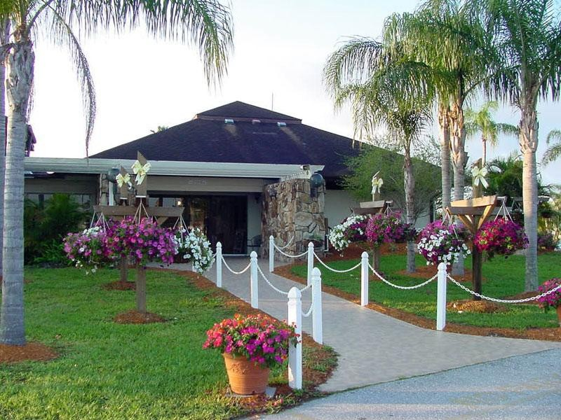 Raintree RV Resort - Fort Myers, FL - RV Parks