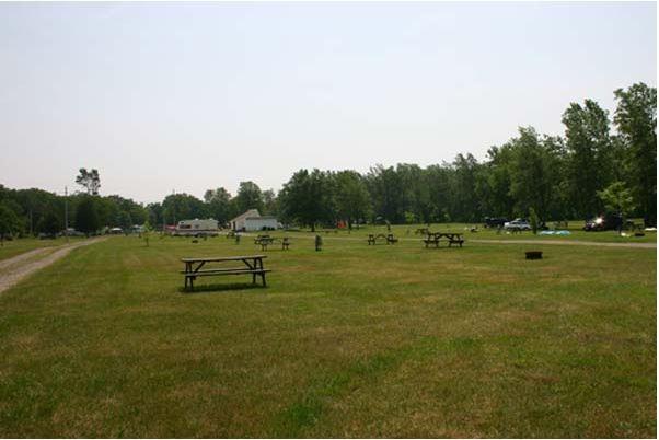Shangri-La Niagara Family Campground - Lincoln, On - RV Parks