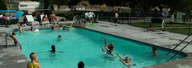 Pyramid Lake RV Resort - Gorman, CA - RV Parks