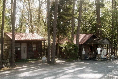 Holly Bluff Family Campground - Asheboro, NC - RV Parks