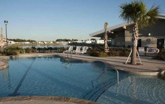 Fallbrook RV Resort - Houston, Tx - RV Parks