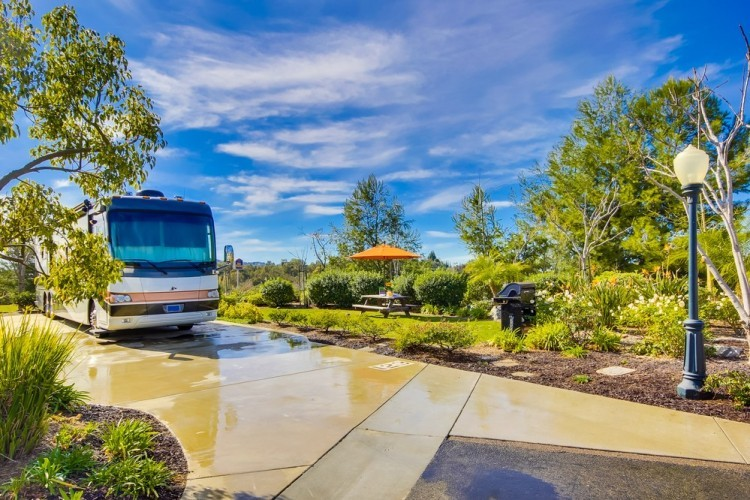 Escondido RV Resort - Escondido, CA - RV Parks