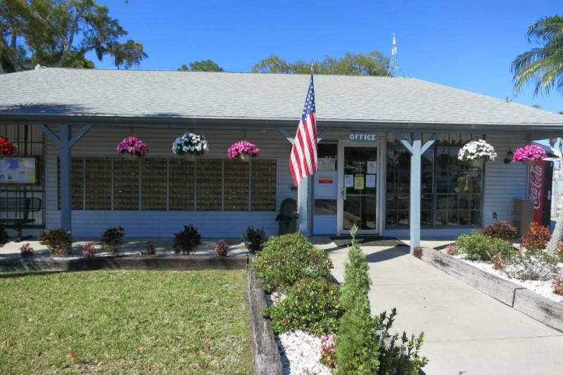 Sarasota Lakes Rv Resort - Sarasota, FL - RV Parks