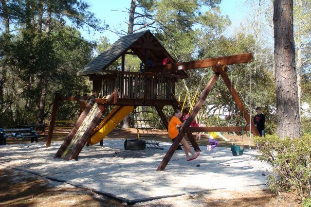 Lake Aire RV Park & Campground - Hollywood, SC - RV Parks
