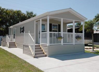 Lake San Marino Rv Resort - Cottage Rental, Naples, FL