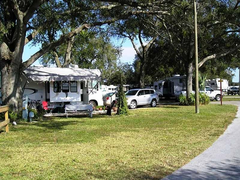 Orange Blossom RV Resort - Apopka, FL - RV Parks