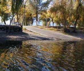 M & M Campground - Clearlake Oaks, CA - RV Parks