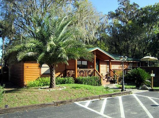Riverside Lodge Resort Cabins and RV Rentals - Inverness, FL - RV Parks