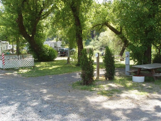 River Bend Cabins RV & Camping - Forestville, CA - RV Parks