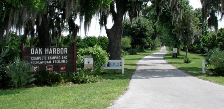 Oak Harbor Mobile Home & RV - Haines City, FL - RV Parks