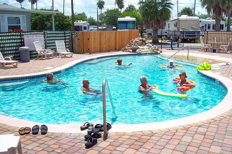 Palm Gardens Home & RV Park - Harlingen, TX - RV Parks