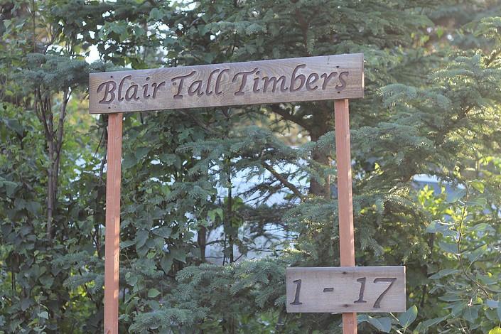 Diamond M Ranch B & B Cabins - Kenai, AK - RV Parks
