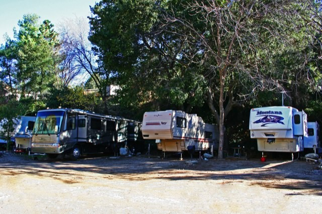 Camp Williams Resort - Azusa, CA - RV Parks