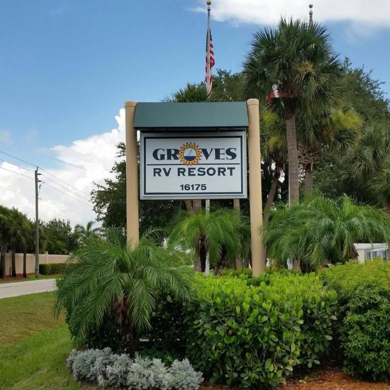 Groves Rv Resort Ft Myers Fl Sun Resorts Rvpoints Com