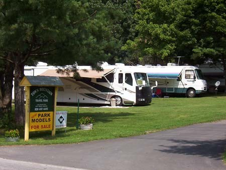 Town Mountain Travel Park - Hendersonville, NC - RV Parks - RVPoints com