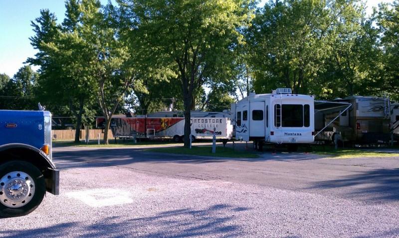 Trailside RV Park  - Grain Valley, MO - RV Parks