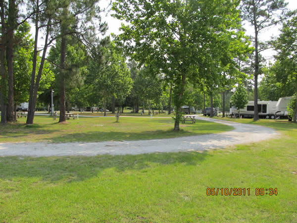 Bens Hitching Post Campground - Silver Springs, FL - RV Parks
