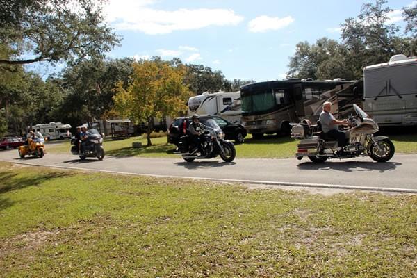 Florilow Oaks RV Park - Bushnell, FL - RV Parks