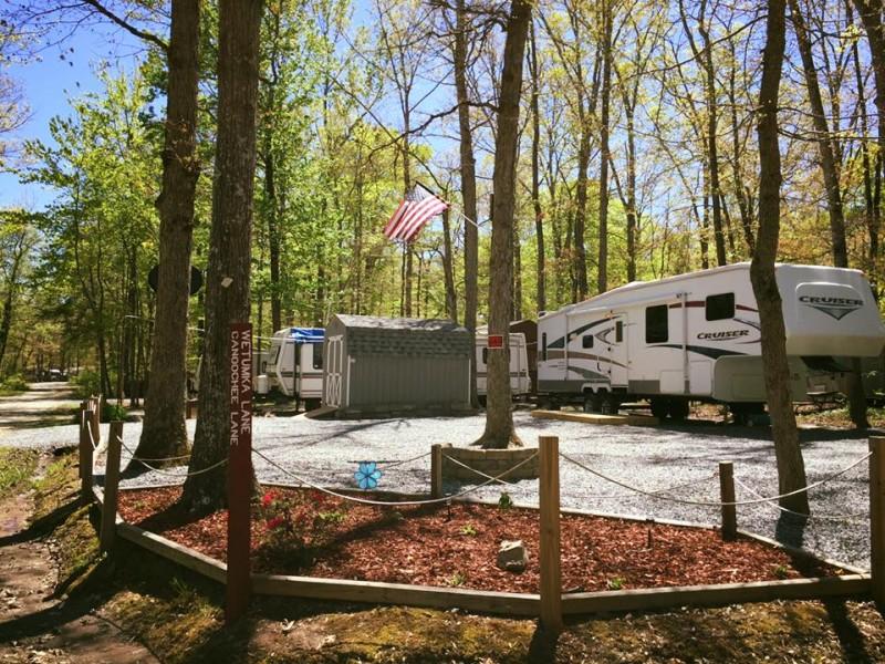 Indian Acres Club of Thornburg - Spotsylvania Courthouse, VA - RV Parks