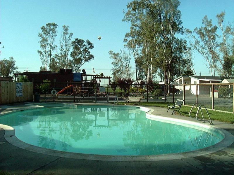 Midway RV Park - Vacaville, CA - RV Parks