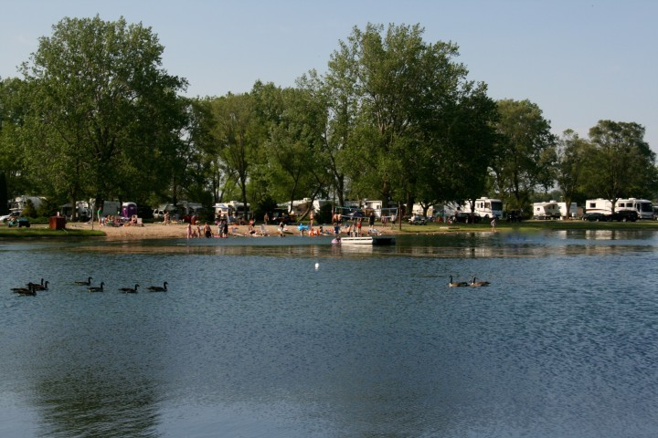 Lehmans Lakeside RV Resort - Marengo, IL - RV Parks