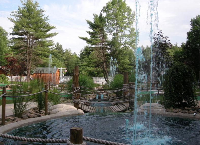 Saratoga Escape Lodges & RV Resort - ,  - RV Parks