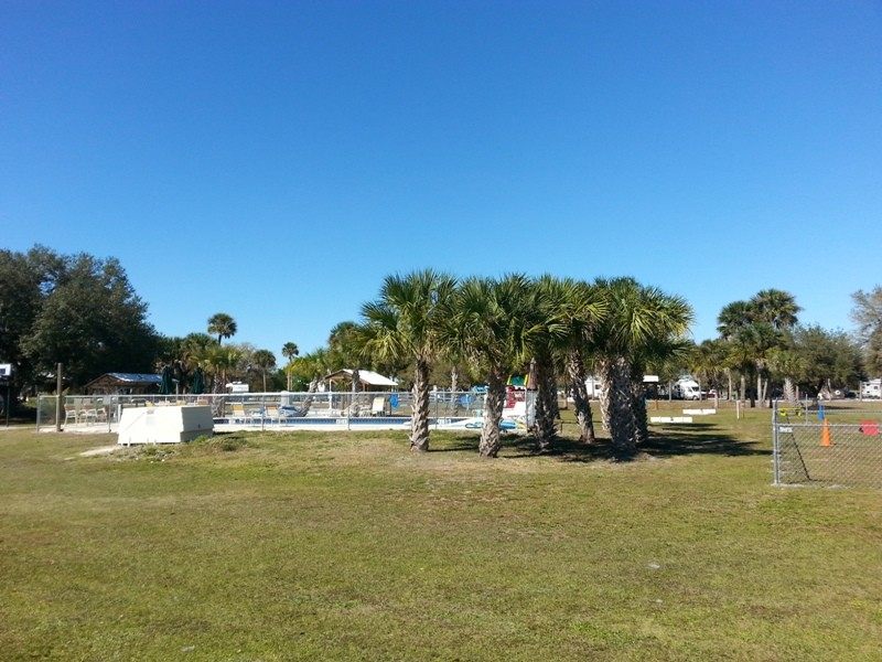 Sabal Palms RV Resort - Palmdale, FL - RV Parks