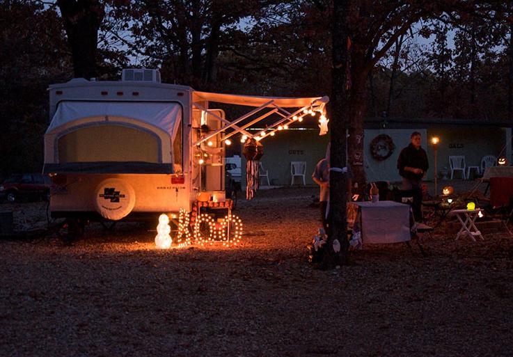 Majestic Oaks Family RV Park & Campground - Eldon, MO - RV Parks