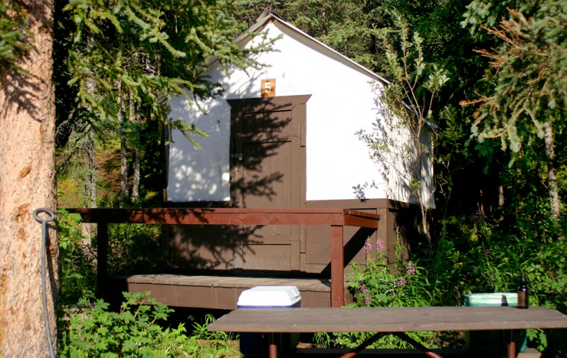 Denali Grizzly Bear Cabins - Denali Natl Park, AK - RV Parks