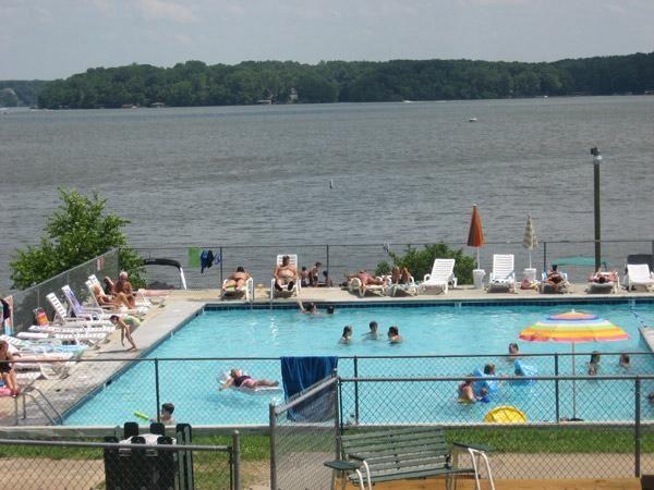 Lake Gaston Americamps Bracey Va Rv Parks Rvpoints Com
