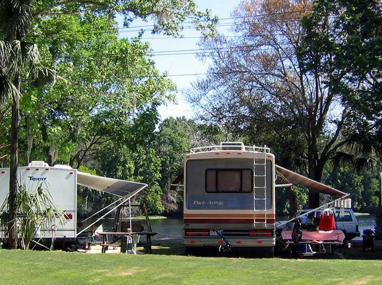 Riverside Lodge Resort Cabins and RV Rentals - Inverness, FL - RV Parks