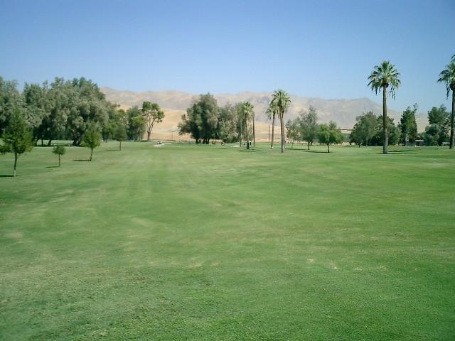 Bakersfield River Run RV Park - Bakersfield, CA - RV Parks
