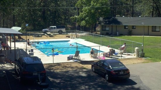 Shasta Lake RV Resort & Campground - Lakehead, CA - RV Parks