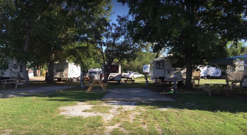 Lazy Days Rv Campground - Hitchcock, TX - RV Parks
