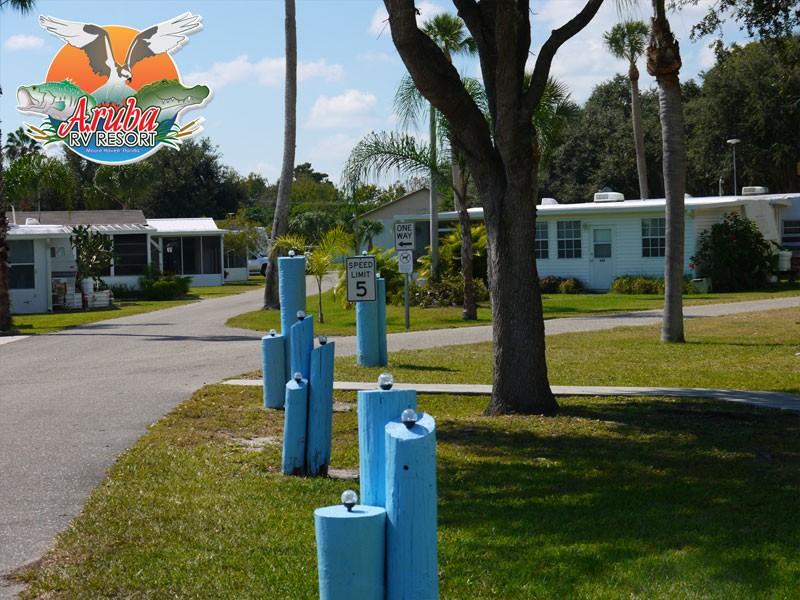 Aruba Camp Resort - Moore Haven, FL - RV Parks